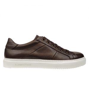 scarpa sportiva maranello marrone fondo bianco profilo